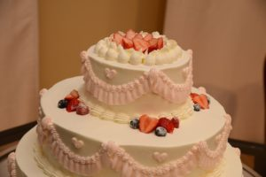 結婚式のウェディングケーキ